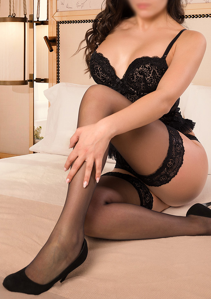 EMA - Erotische Massage Studio Wien - Erotic Sexy Escort Call Girls Vienna Austria